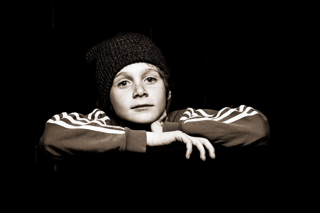 kid looking
